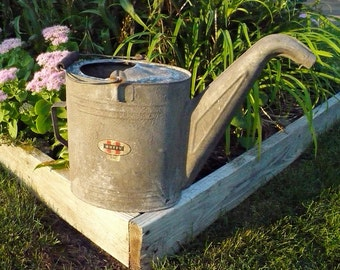 Huffy 3102 Watering Can