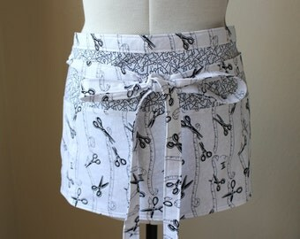 Gardener and Craft Half Apron - Black and White Scissors and Tape