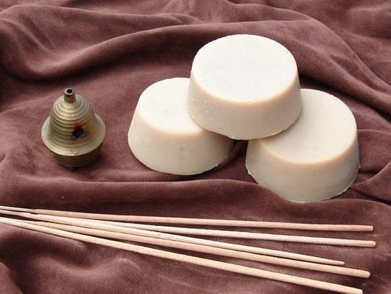 Nag Champa Hemp Soap (Two 3 OZ Rounds)