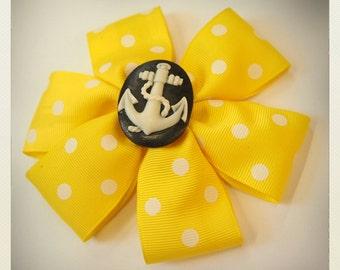 Pin Up-style white polka dot anchor Hair clip, yellow