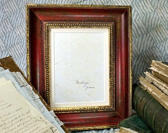 8x10 Antique Style Red and Gold Frame with 7x9 Mat for Wedding Photos/School Photos/Office Desktop 8x10 Photo Frames