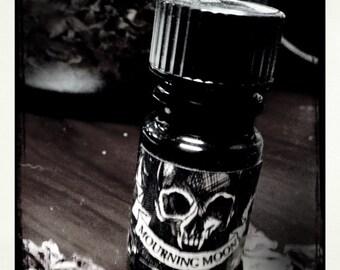 Mourning Moon 2008 - 5ml - Black Phoenix Alchemy Lab Vintage