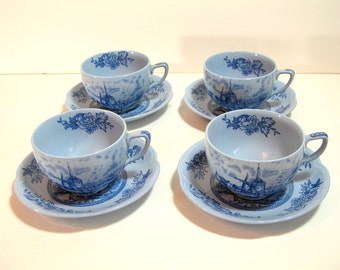 Johnson Brothers Tulip Time Blue Backround Set Of Four Cups And Saucers