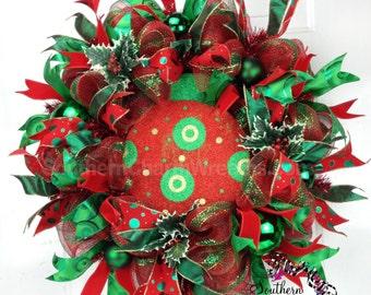 Deco Mesh Christmas Wreath in Emerald Green & Red, Christmas Red and Green Wreath, Christmas Holly Wreath, Christmas Wreathes For Door