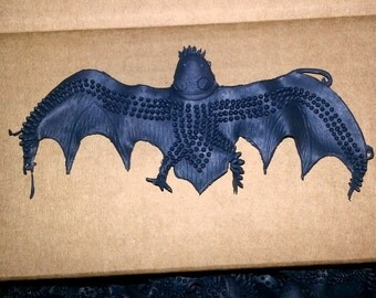 1967 Rubber HALLOWEEN BAT with Bumps in Mint Condition
