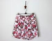 90s shorts / rose print cotton high waist floral summer (s - m)