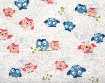 2382B -- Kawaii Owls, Cute Night Birds Fabric, Japanese Kimono Owls in Cream White
