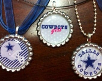 Show your team spirit w/bottlecap necklace for your Dallas Cowboys.