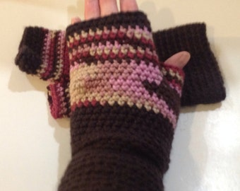 Pink and brown Varigated Fingerless gloves