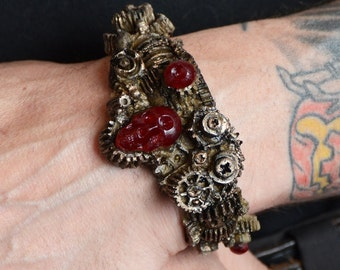 Steampunk  Gear Jewelry Bracelet -  Gears with Skull  Brass Tone - Cyberpunk Jewelry