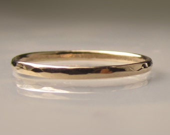 Thin Women's Gold Hammered Wedding Band, 1.5mm recycled 14k Gold Ring, Slim 14k Yellow Gold Band, Made to Order