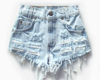 "ALL SIZES ""CHECKER"" Vintage Levi high-waisted denim shorts light blue distressed frayed"