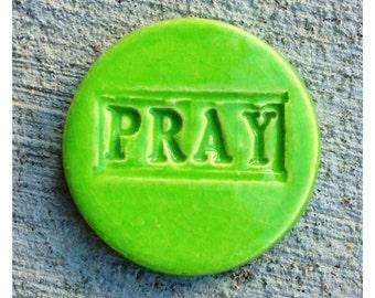PRAY Tile