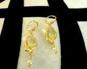 Triangle Shaped Bezel Setting Faceted Jonquil Quartz Glass and Pearl Earrings