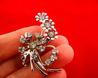 "Vintage silver  tone 2""  modernist rhinestone brooch  in great condition,appears  unworn"