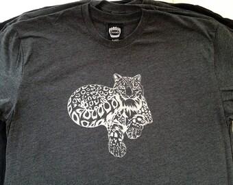 Snow Leopard  / Heather Black / Men's T-shirt