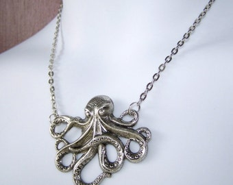 OCTOPUS Necklace -  Silver - Large Pendant  - long chain