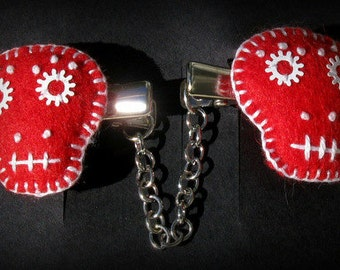 Red Skull Sweater Clips