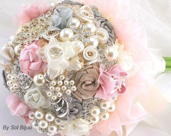 Brooch Bouquet, Pink, Grey, Gray, Champagne, Ivory, Vintage Style, Elegant, Wedding Bouquet, Lace Bouquet, Jeweled, Pearls,  Crystals