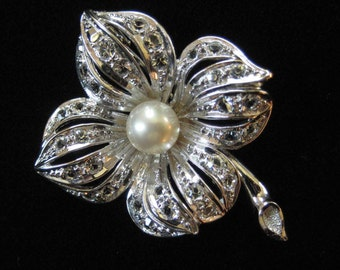 Adorable Silver Tone Brooch with Genuine Pearl, Rhinestones