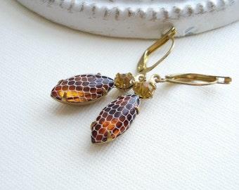 Netted Topaz Earrings In Raw Brass, Lever Back Earrings, Brown Yellow Stone, Vintage Jewels, Costume Jewelry