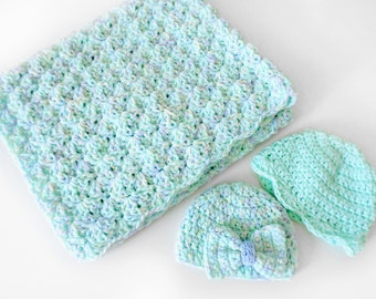 Baby blanket and two hats crochet set / baby hat /  baby blanket / crochet baby blanket and hat
