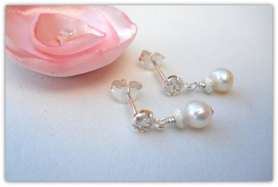 little girls earrings flower girl jewelry pearl earrings with. Black Bedroom Furniture Sets. Home Design Ideas