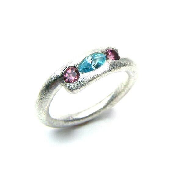 Silver Blue Zircon Pink Garnet Ring Sugar Sweet - Zuckersüß