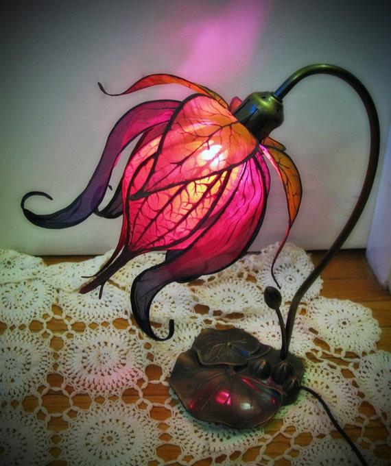 Enchanted Lily Lamp