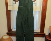 Green Corduroy Vintage LEVI'S Bib Overall Snow Suit Ski Pants Suit Mens Ladies