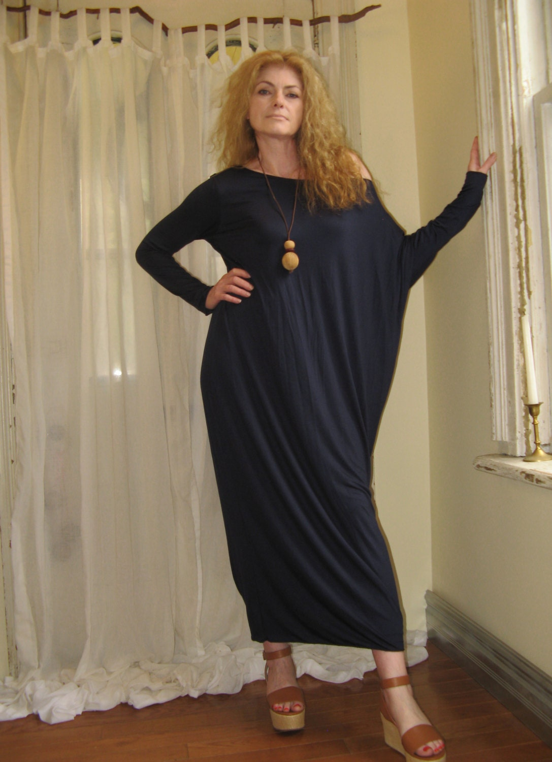 Long black jersey maxi dress