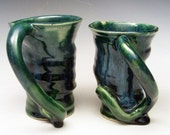 Twisty Hurricane Mug Set in Forest Green and Blue