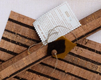 "Cork fabric beautiful sheet, cork skin, Eco Friendly Cork Supplies made in Portugal, wide stripes pattern, corcho téxtil, 50x50cm, 20""x20"""