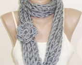 Gray INFINITY SCARF KNIT for Women in Grey hand knitted