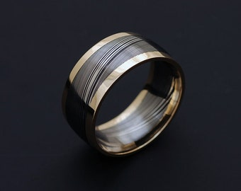 Genuine stainless Damascus Steel and 18K Yellow Gold Mens Ring PD72
