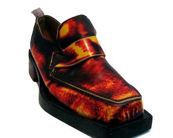 John Fluevog Shoes Made in England Vintage Mens Hellfire Flame Leather Loafer Shoes Mns UK Size 7 Fits Mns US size 8 Vintage Vogs