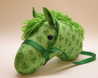 Stick Horse Head, Green Clover or Shamrock with Gold Glitter, MADE to ORDER, With or Without Stick ~ Last One!