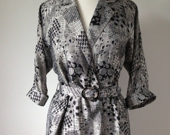 CLEARANCE NOW 55 USD Vintage Geometric Patterned Silky High Fashion 80s Dress