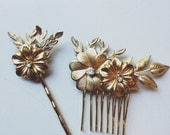 Small brass flowers and leaves pin set, style 507