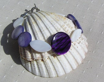"Violet & White Mother of Pearl Bracelet ""Sea Berry"" Special Offer Price, Shell Bracelet, Beach Bracelet, White Bracelet, Purple Bracelet"