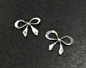 NEW! - 2 pcs - Antiqued Finish Sterling Silver Sweet Bow Charms - handmade - BC004