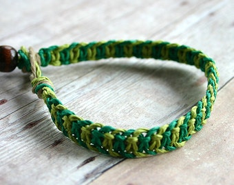 Alternating Half Knot Hemp Bracelet Limegreen Green