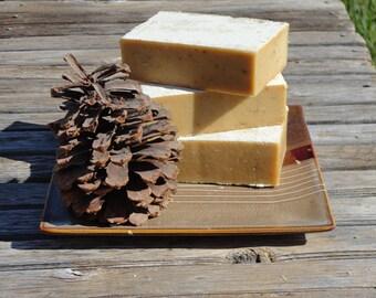 Manuka Honey Oatmeal Soap