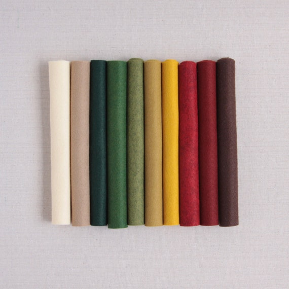 Wool Felt // Primitive Christmas // Heirloom Crafts, DIY Holiday, Wool Felt Sheets, Rustic Holiday Craft, Merino Felt Sheets, Garland Felt