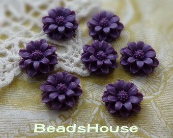 36-00-CA   6Pcs Pretty  Mini Chrysanthemum Cabochon - Amethsty