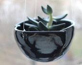 Hanging plant pot, planter, flower pot, porcelain planter