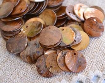 100pcs Mussel Shell Pendant Natural Drop 15mm Round Orange