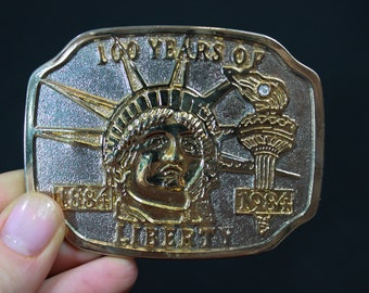 Vintage 80s Statue of Liberty Belt Buckle