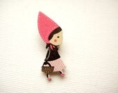 Wood laser cut Riding Hood brooch pin - Little Red in Pink