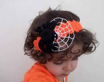 Halloween Crocheted headband with crocheted spider, Halloween accessory, hair accessory, handmade headband, spider,